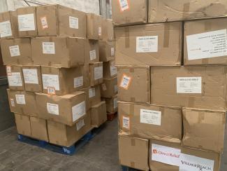 Entreposage des intrants COVID-19 pour les partenaires du Cluster Logistique à Kinshasa. Photo : Logistics Cluster.